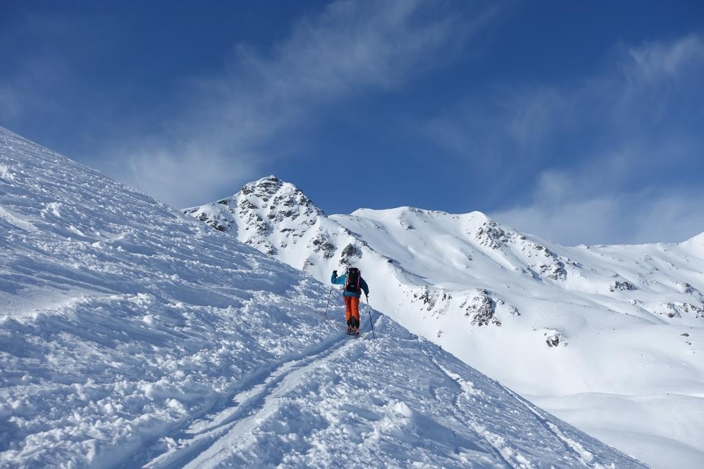 Steile Spur auf den Piz Cristannes