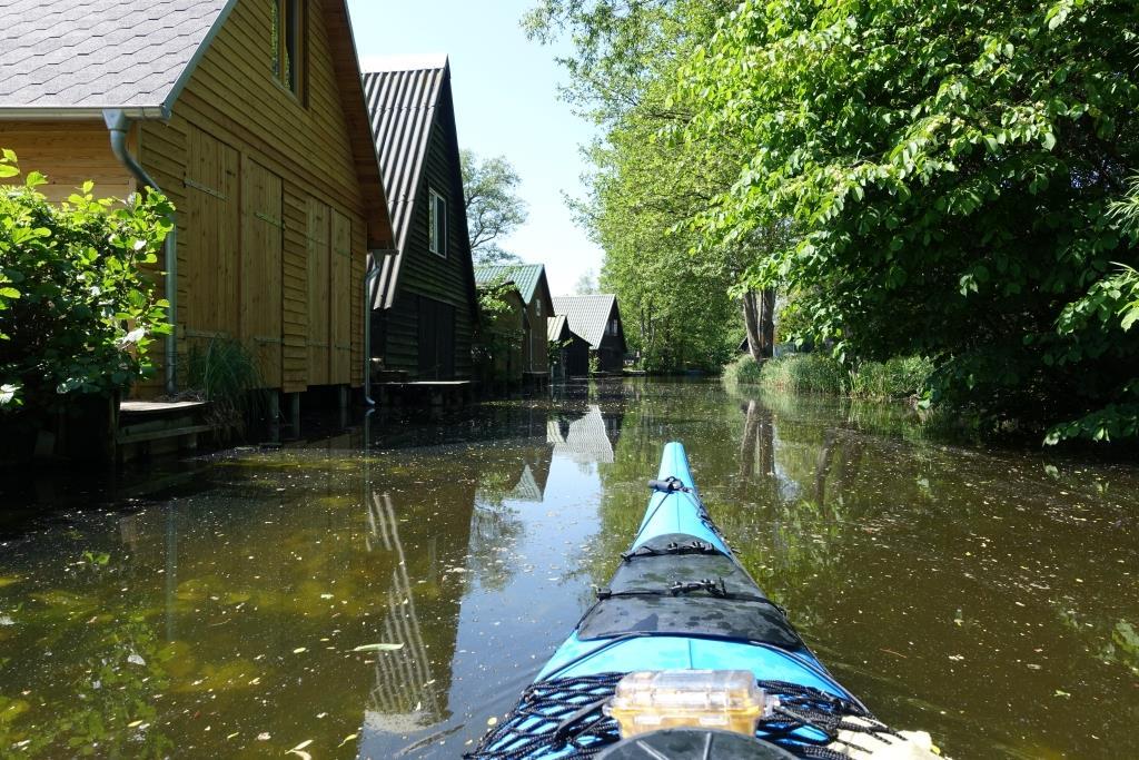 Bootshäuser an der Havel bei Quassow