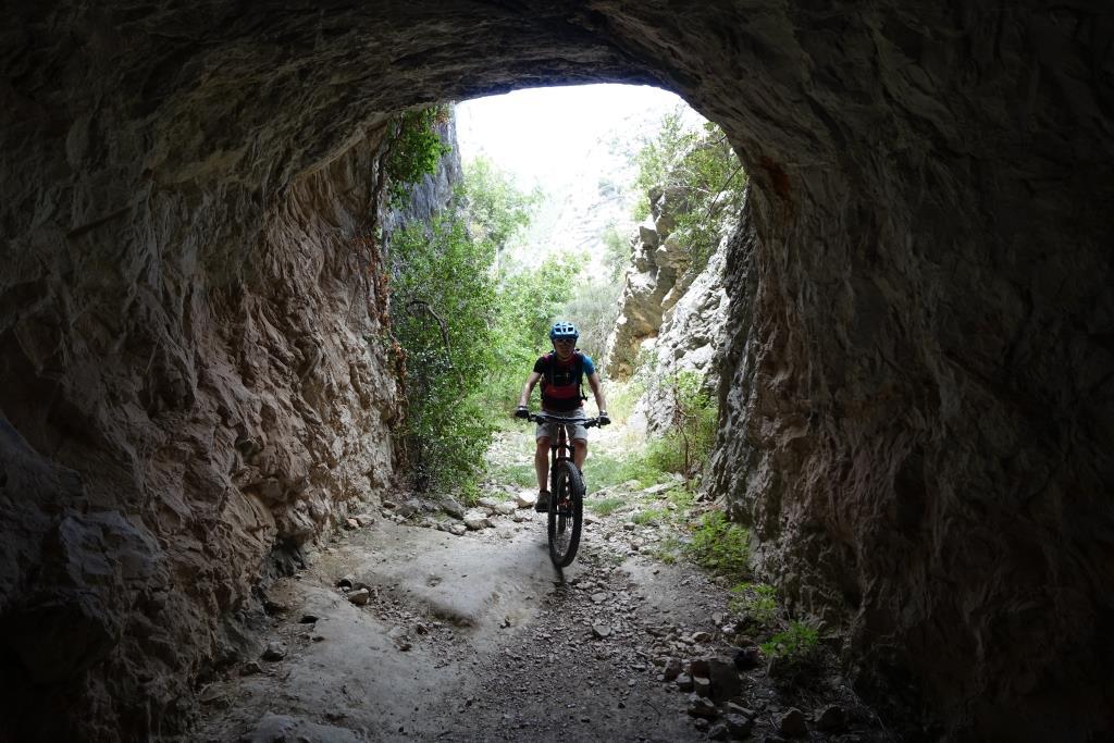 Überraschender Tunnel